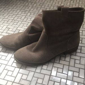 Sole Society pull-on booties